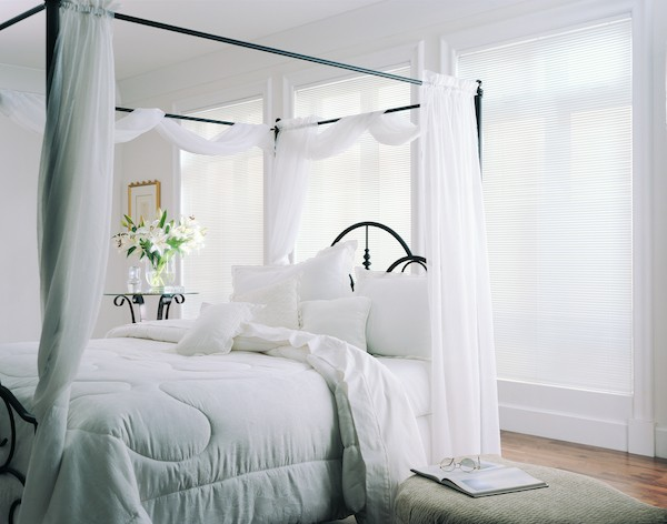2003_MPM_Standard-Cordlock_Aluminum-Blinds_Bedroom