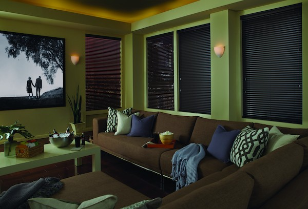 2014_MPM_Standard-Cordlock_Aluminum-Blinds_Living-Room1