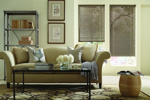 2014_MPM_Standard-Cordlock_Aluminum-Blinds_Living-Room2