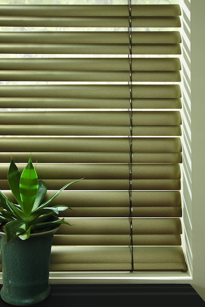 2014_MPM_Standard-Cordlock_MV_Aluminum-Blinds_Fabric-Detail