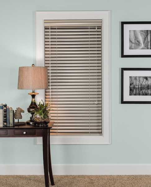 2015_MPM_Standard-Cordlock_Aluminum-Blinds_Hardware-Detail_Left