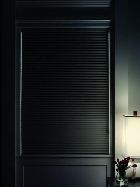 2019_APP_UG_Sunterra_Room-Darkening_Med-Detail