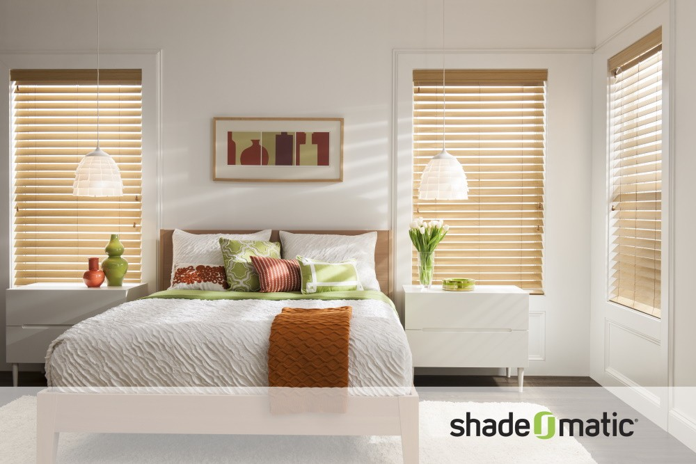 FAUX-WOOD-BLINDS-BEDROOM